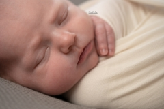 Captured by Karin - newborn Linde-106